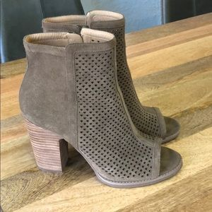Lucky Brand Olive Open Toe Booties